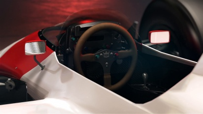 F1 2017 Classic Car Reveal - McLaren UK